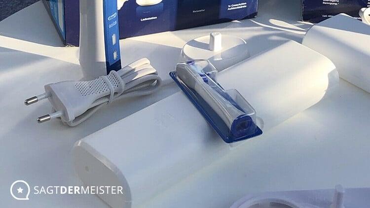 Oral-B elektrische Zahnbürste PRO EXPERT+ Reiseetui